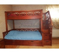 Двухъярусная кровать с широким спальным местом
