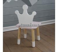 Детский стул корона розового цвета с носочками