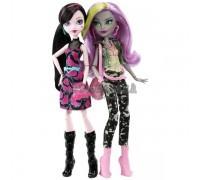 Набор кукол Моаника Д'Кей и Дракулаура Добро пожаловать в Школу Монстров, Mattel