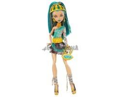 Кукла Нефера Де Нил - Базовая 2011 выпуск