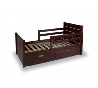 Кровать детская из массива сосны Карапуз